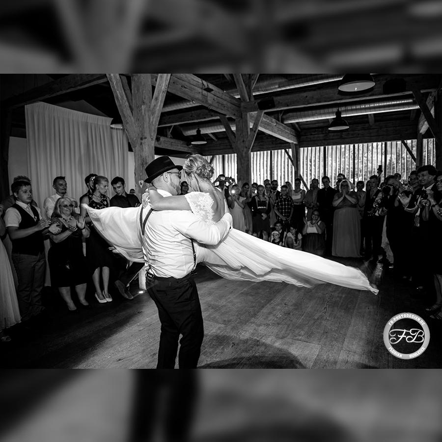 Hochzeit<span>Hochzeiten</span>